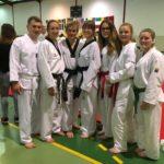 Schülerinnen und Schüler der Black Belt Kampfkunstakademie Worms